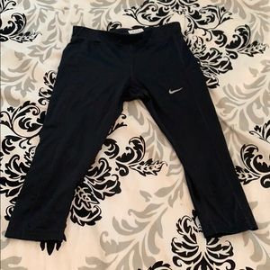 Nike Pants & Jumpsuits - Black knee length Nike Leggings